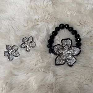 Floral necklace and earrings